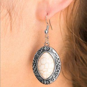 Desert Harvest White earrings